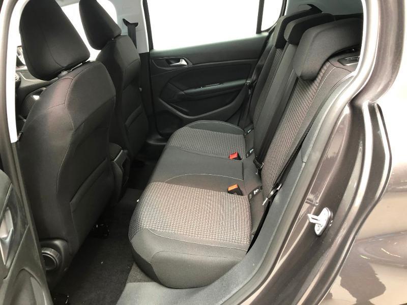 Photo 6 de l'offre de PEUGEOT 308 1.2 PureTech 110ch E6.c S&S Active Business 5cv à 16490€ chez Duval Automobiles