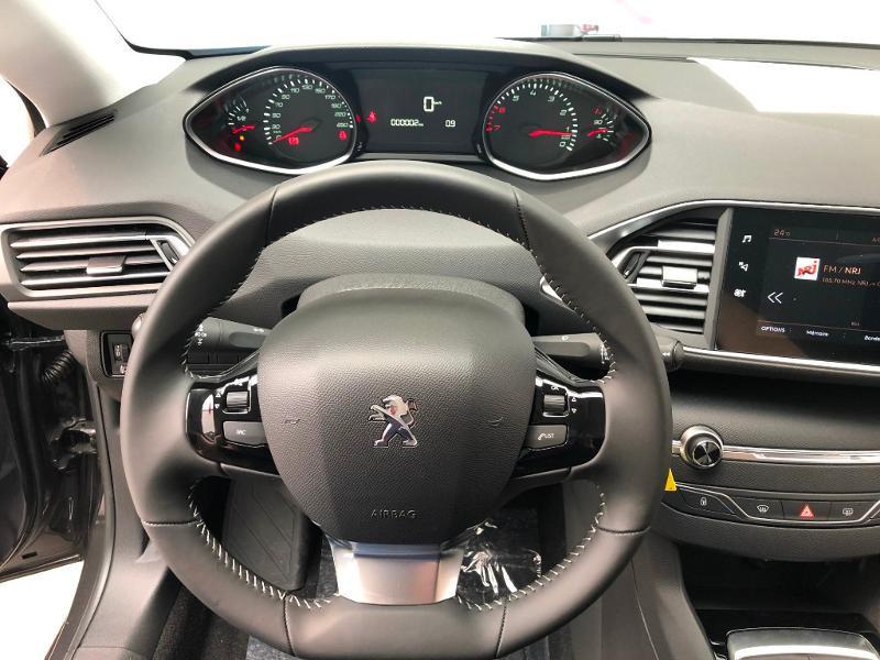 Photo 8 de l'offre de PEUGEOT 308 1.2 PureTech 110ch E6.c S&S Active Business 5cv à 16490€ chez Duval Automobiles
