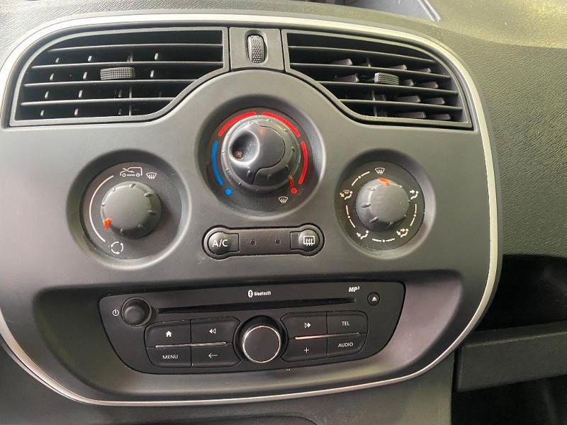 Photo 12 de l'offre de RENAULT Kangoo Express 1.5 dCi 75ch energy Extra R-Link Euro6 à 10990€ chez Duval Automobiles