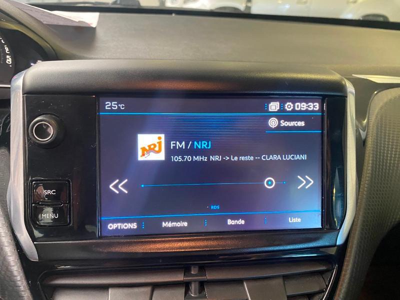 Photo 13 de l'offre de PEUGEOT 208 1.2 PureTech 110ch Allure S&S EAT6 5cv 5p à 13790€ chez Duval Automobiles