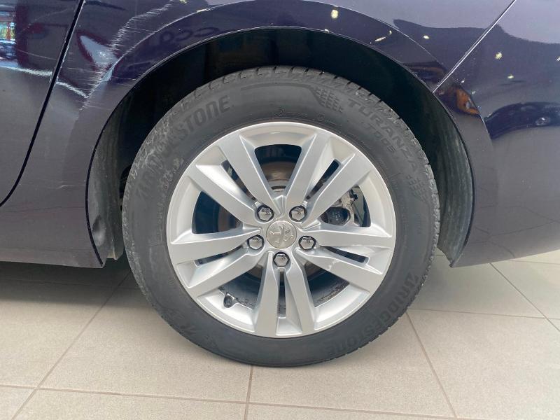 Photo 16 de l'offre de PEUGEOT 308 SW 1.6 BlueHDi 120ch Active Business S&S EAT6 à 14490€ chez Duval Automobiles
