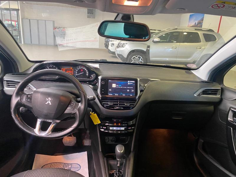 Photo 7 de l'offre de PEUGEOT 208 1.2 PureTech 110ch Allure S&S EAT6 5cv 5p à 13790€ chez Duval Automobiles