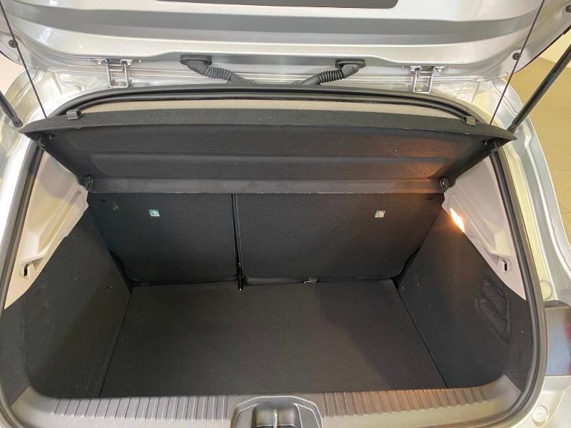 Photo 18 de l'offre de RENAULT Clio 1.0 TCe 90ch Intens -21 à 17790€ chez Duval Automobiles