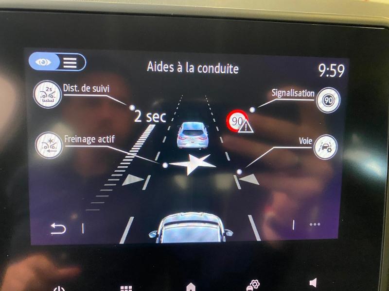 Photo 11 de l'offre de RENAULT Clio 1.0 TCe 90ch Intens -21 à 17790€ chez Duval Automobiles