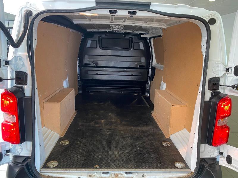 Photo 10 de l'offre de PEUGEOT Expert Fg Long 2.0 BlueHDi 120ch Premium Pack S&S à 22200€ chez Duval Automobiles
