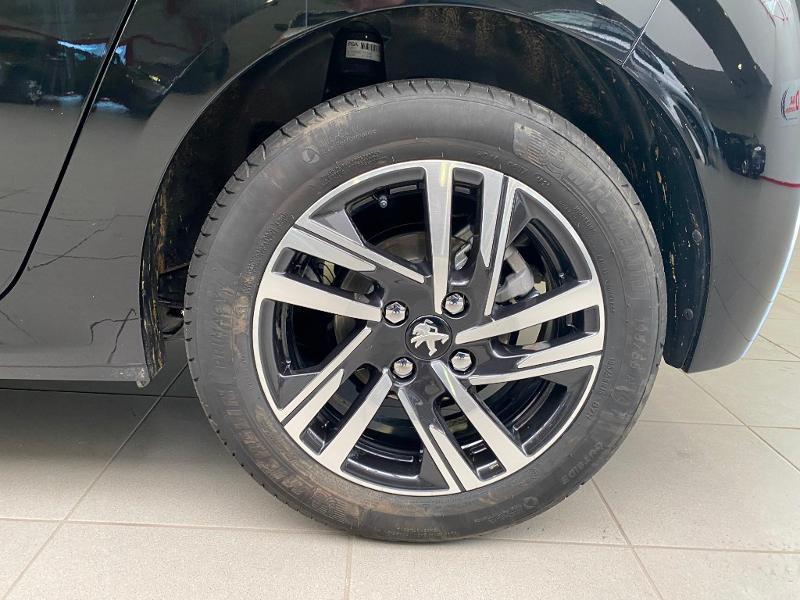 Photo 16 de l'offre de PEUGEOT 208 1.5 BlueHDi 100ch S&S Allure Pack à 21690€ chez Duval Automobiles