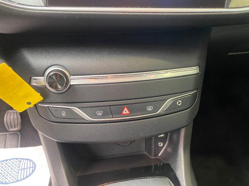 Photo 11 de l'offre de PEUGEOT 308 1.6 BlueHDi 120ch Active Business S&S EAT6 5p à 14490€ chez Duval Automobiles