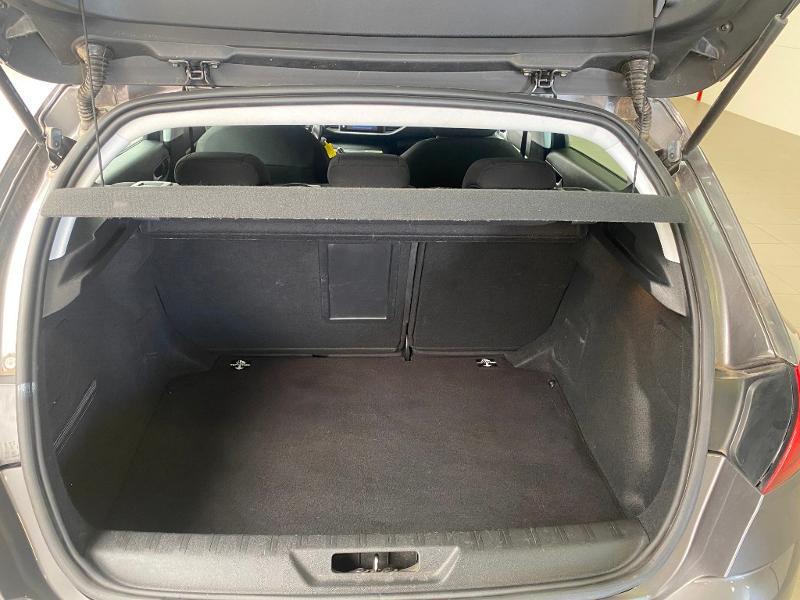 Photo 13 de l'offre de PEUGEOT 308 1.6 BlueHDi 120ch Active Business S&S EAT6 5p à 14490€ chez Duval Automobiles