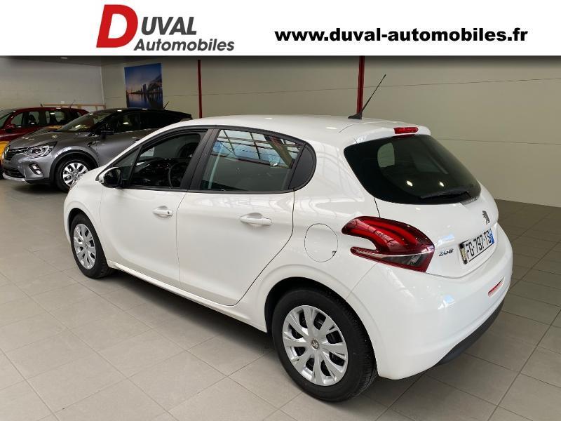 Photo 4 de l'offre de PEUGEOT 208 1.5 BlueHDi 100ch E6.c S&S Active à 12490€ chez Duval Automobiles