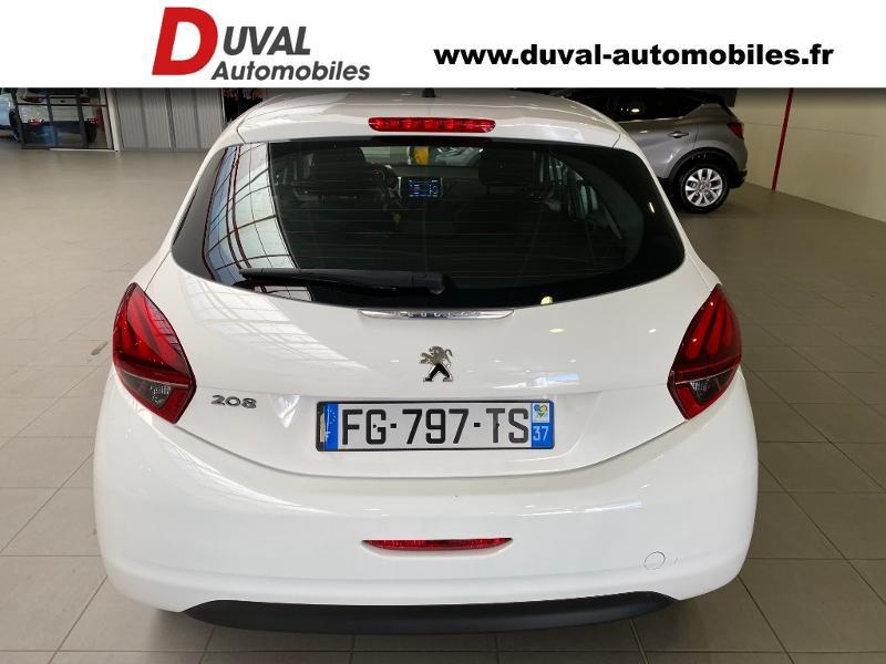Photo 13 de l'offre de PEUGEOT 208 1.5 BlueHDi 100ch E6.c S&S Active à 12490€ chez Duval Automobiles