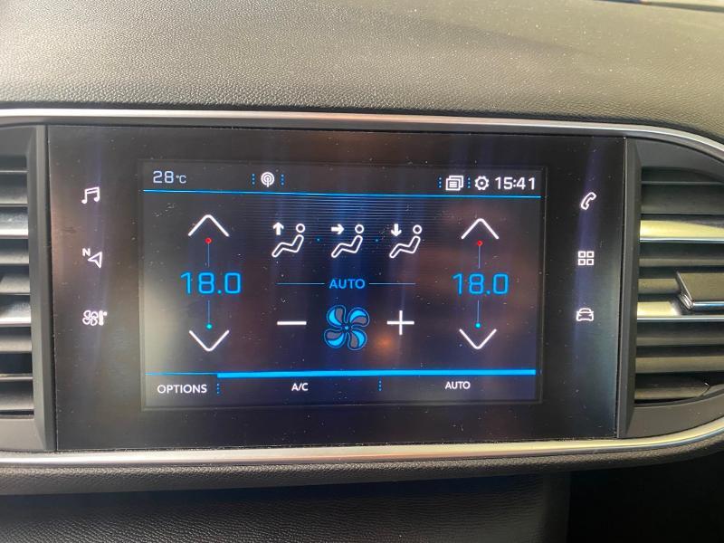 Photo 12 de l'offre de PEUGEOT 308 1.6 BlueHDi 120ch S&S Active Business Basse Consommation à 15890€ chez Duval Automobiles