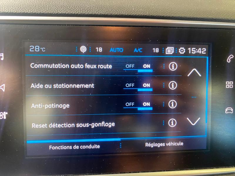 Photo 16 de l'offre de PEUGEOT 308 1.6 BlueHDi 120ch S&S Active Business Basse Consommation à 15890€ chez Duval Automobiles