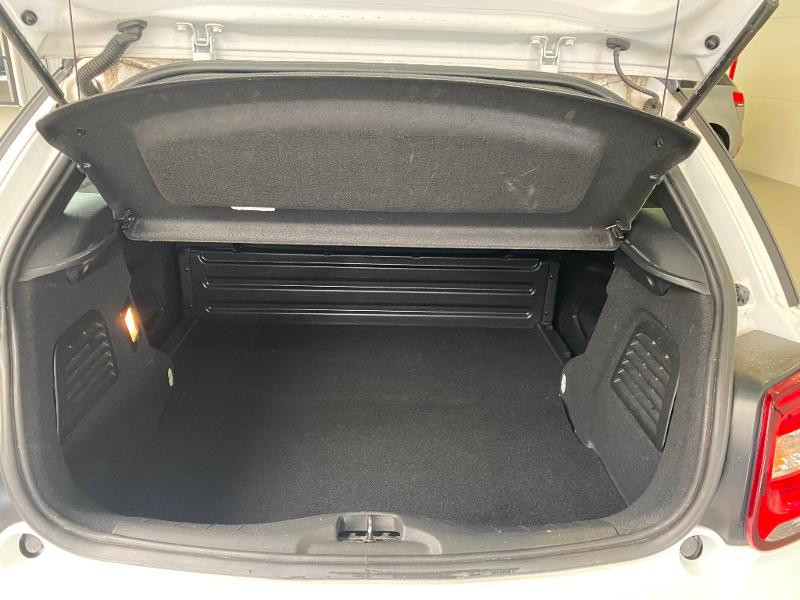 Photo 12 de l'offre de DS DS 3 BlueHDi 100ch So Chic S&S 2 PLACES SOCIETE à 9490€ chez Duval Automobiles