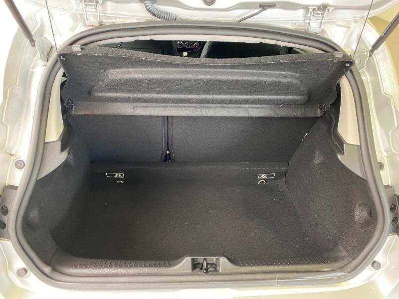 Photo 15 de l'offre de RENAULT Clio 1.5 dCi 90ch energy Business 82g 5p à 10990€ chez Duval Automobiles