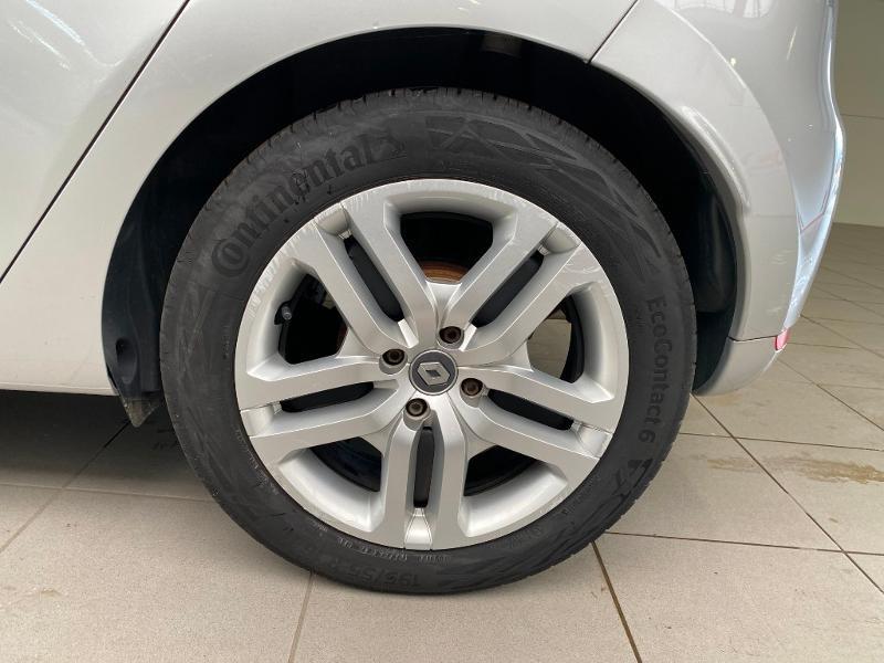 Photo 6 de l'offre de RENAULT Clio 1.5 dCi 90ch energy Business 82g 5p à 10990€ chez Duval Automobiles