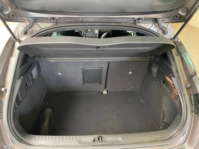 Photo 18 de l'offre de DS DS 4 BlueHDi 120ch Executive S&S à 16490€ chez Duval Automobiles