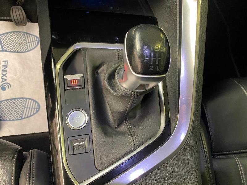 Photo 16 de l'offre de PEUGEOT 3008 2.0 BlueHDi 150ch Allure Business S&S à 25990€ chez Duval Automobiles