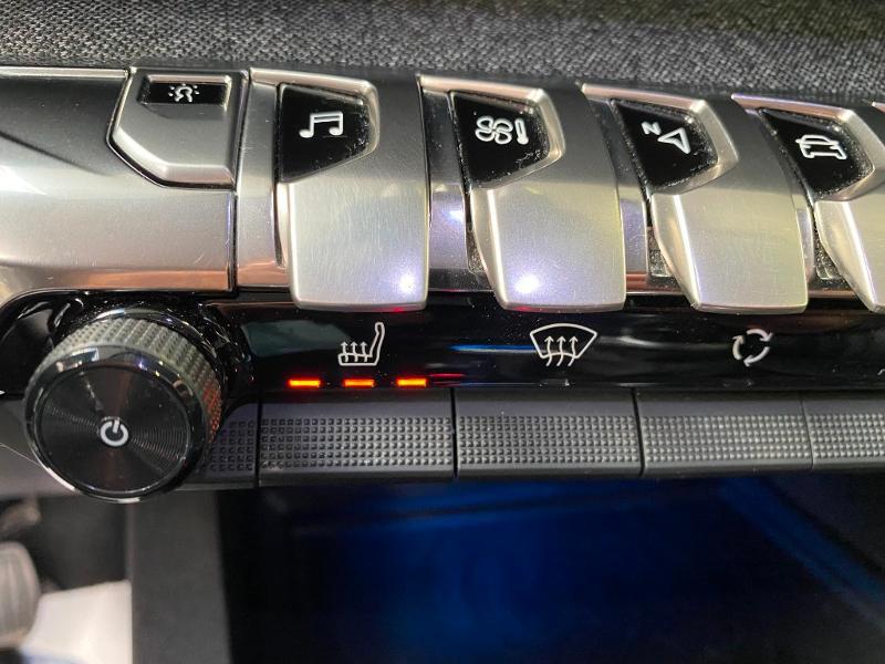 Photo 17 de l'offre de PEUGEOT 3008 2.0 BlueHDi 150ch Allure Business S&S à 25990€ chez Duval Automobiles