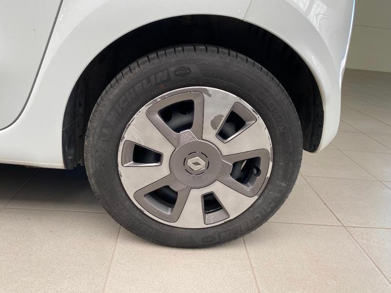 Photo 14 de l'offre de RENAULT Twingo 0.9 TCe 90ch energy Zen à 9990€ chez Duval Automobiles