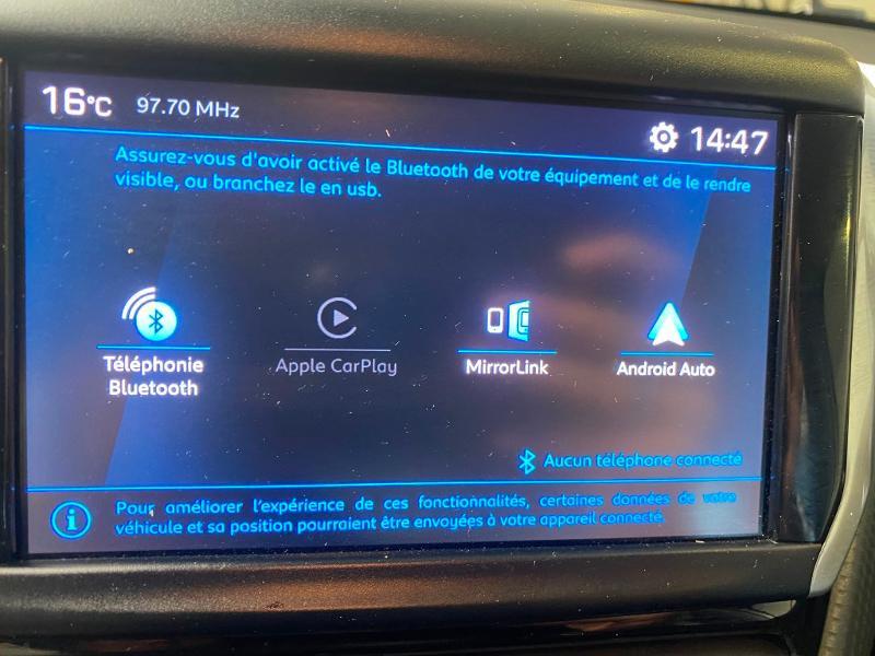 Photo 9 de l'offre de PEUGEOT 208 1.2 PureTech 82ch E6.c Signature 5p à 13690€ chez Duval Automobiles