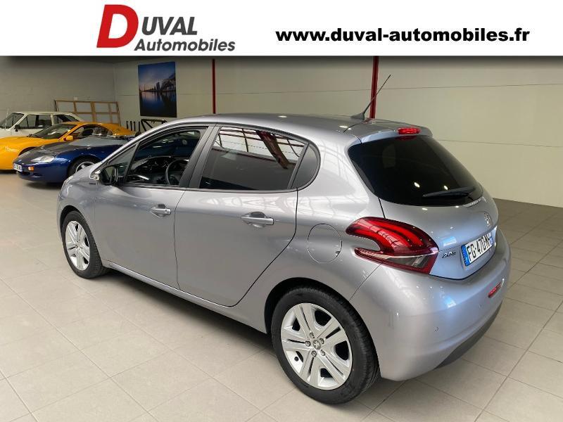 Photo 4 de l'offre de PEUGEOT 208 1.2 PureTech 82ch E6.c Signature 5p à 13690€ chez Duval Automobiles
