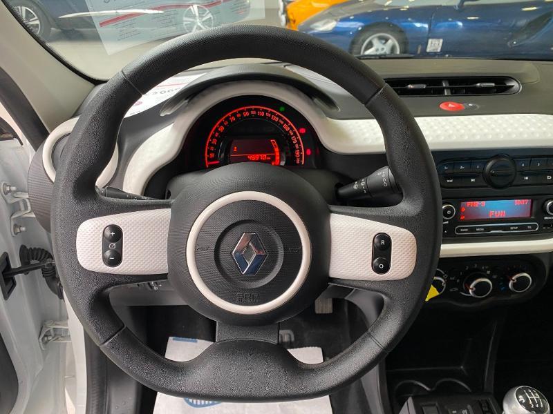Photo 8 de l'offre de RENAULT Twingo 0.9 TCe 90ch energy Zen à 9990€ chez Duval Automobiles