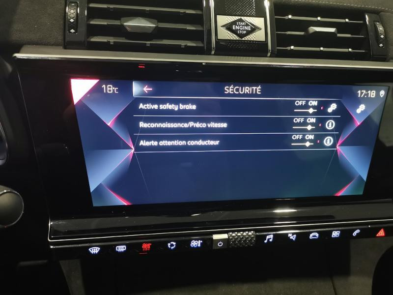Photo 11 de l'offre de DS DS 7 Crossback BlueHDi 130ch Performance Line Automatique 138g à 36990€ chez Duval Automobiles