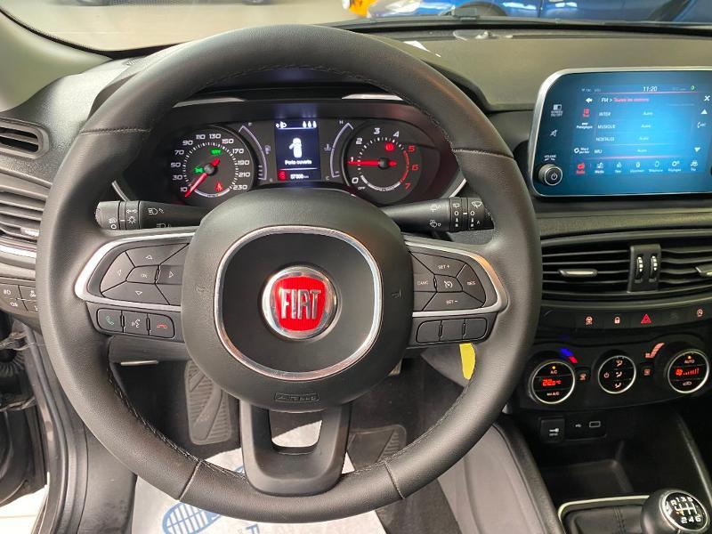 Photo 8 de l'offre de FIAT Tipo SW 1.6 MultiJet 120ch Business S/S à 14990€ chez Duval Automobiles
