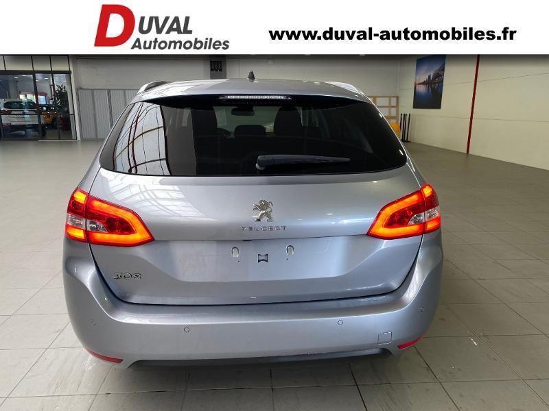 Photo 15 de l'offre de PEUGEOT 308 SW 1.2 PureTech 110ch E6.3 S&S Style 6cv à 20490€ chez Duval Automobiles