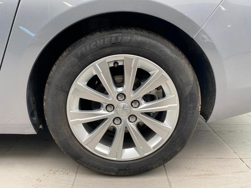 Photo 18 de l'offre de PEUGEOT 308 SW 1.2 PureTech 110ch E6.3 S&S Style 6cv à 20490€ chez Duval Automobiles