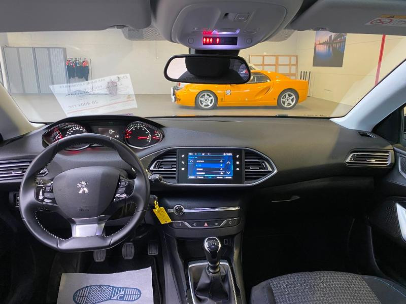 Photo 7 de l'offre de PEUGEOT 308 SW 1.2 PureTech 110ch E6.3 S&S Style 6cv à 20490€ chez Duval Automobiles