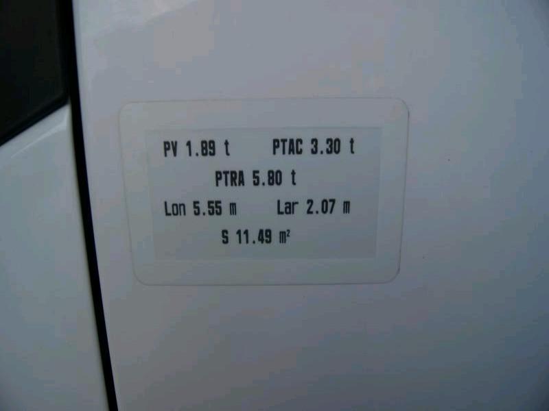 Photo 4 de l'offre de RENAULT MASTER III FGT 2.3 DCI 100 L2H2 3.3T (7 490 EUROS H.T.) à 8990€ chez Vianor occasions