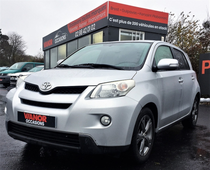 Toyota URBAN CRUISER 90 D-4D LIFE 2WD Diesel GRIS Occasion à vendre