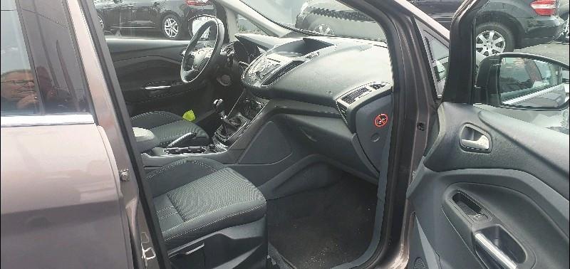 Photo 8 de l'offre de FORD C-MAX 1.6 TDCI 115CH FAP TITANIUM à 6990€ chez Vianor occasions