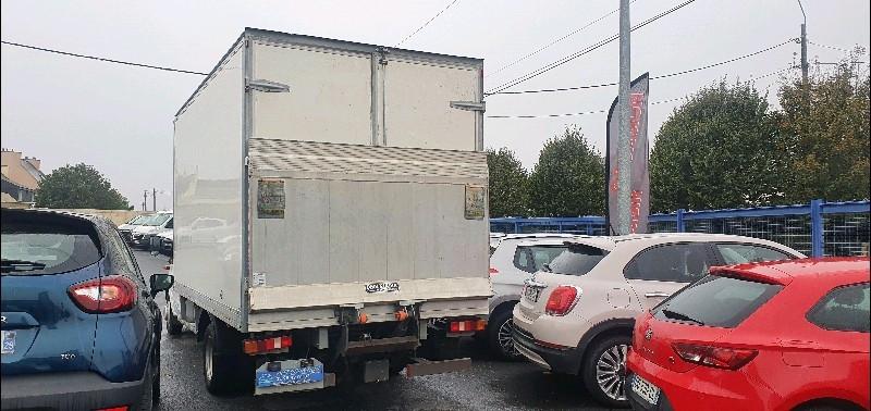 Photo 2 de l'offre de FORD FORD TRANSIT CAISSE HAYON 20M3 350 ELJ.2.2 TDCI 155 HAYON 20M3 à 16990€ chez Vianor occasions
