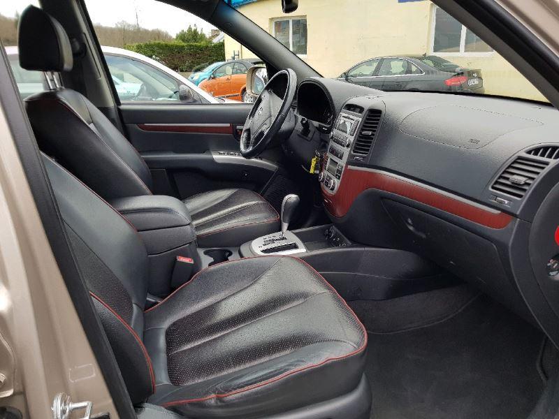 Photo 8 de l'offre de HYUNDAI SANTA FE 2.2 CRDI 4WD PACK EXECUTIVE à 11490€ chez Vianor occasions