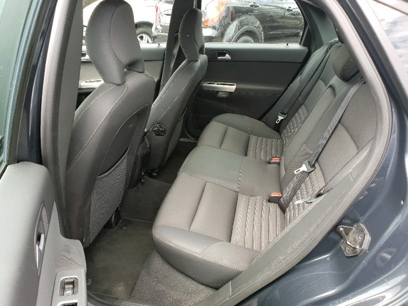 Photo 9 de l'offre de VOLVO S40 1.6 D 110CH DRIVE MOMENTUM à 7990€ chez Vianor occasions