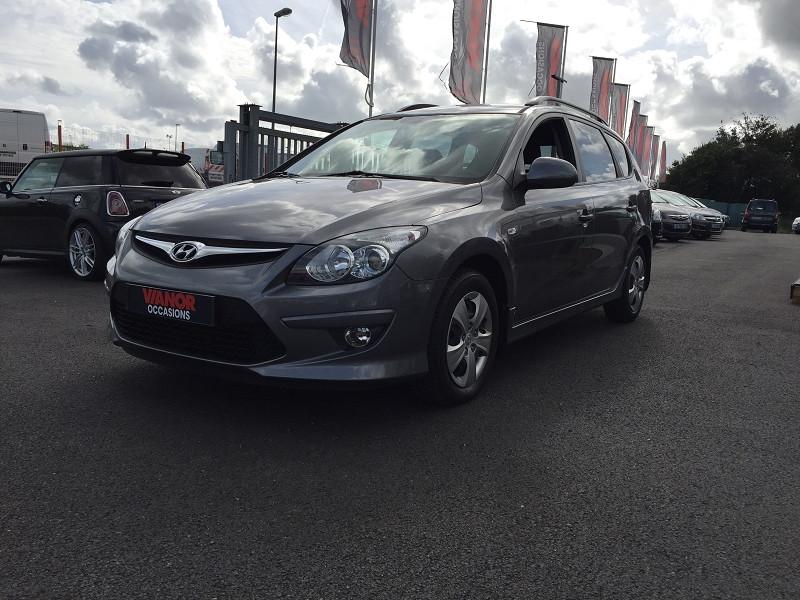 Hyundai I30 CW 1.6 CRD 90CV FAP PACK SENSATION Diesel GRIS Occasion à vendre