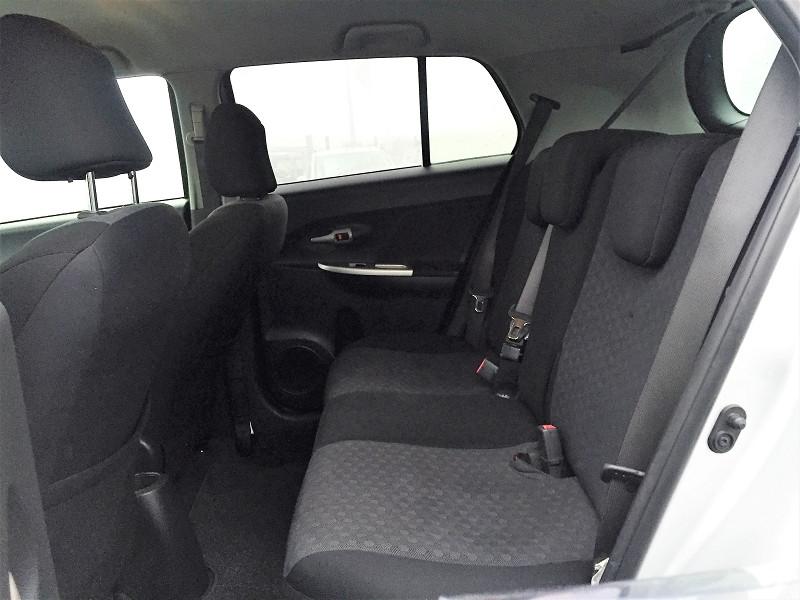 Photo 6 de l'offre de TOYOTA URBAN CRUISER 90 D-4D LIFE 2WD à 7990€ chez Vianor occasions