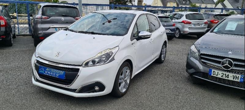 Peugeot 208 1.6 BLUEHDI 75CH STYLE 5P Diesel BLANC Occasion à vendre