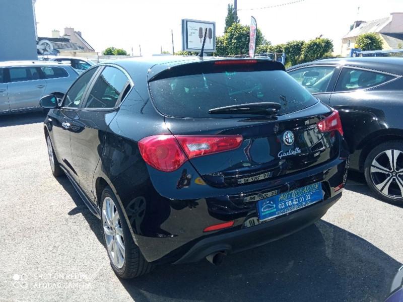 Photo 2 de l'offre de ALFA ROMEO GIULIETTA 1.4 16V T-JET DISTINCTIVE STOP&START à 10490€ chez Vianor occasions