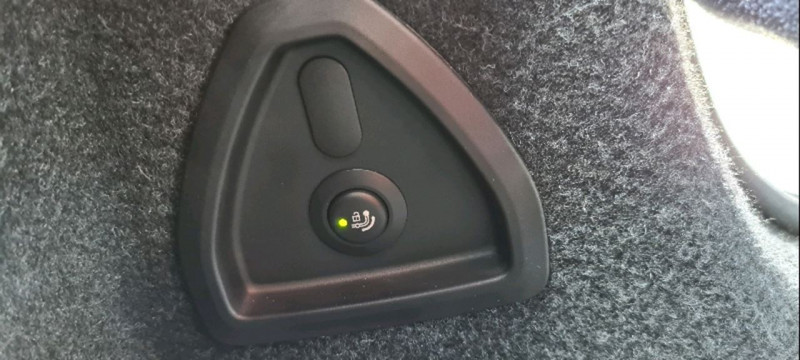 Photo 10 de l'offre de BMW SERIE 5 (G30) 520DA XDRIVE 190CH M SPORT STEPTRONIC à 25990€ chez Vianor occasions