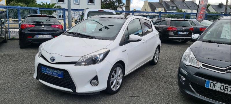 Toyota YARIS HSD 100H STYLE 5P Hybride BLANC Occasion à vendre