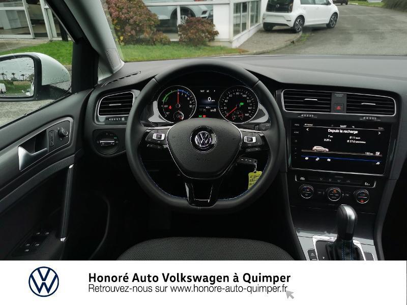 Photo 7 de l'offre de VOLKSWAGEN e-Golf 136ch 4cv à 22500€ chez Honore Auto - Volkswagen Quimper