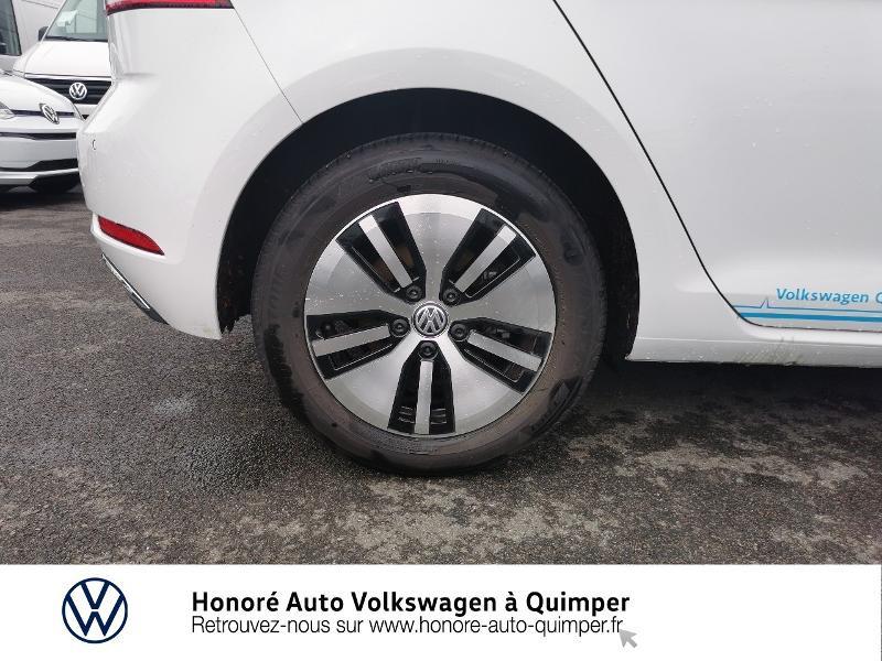 Photo 15 de l'offre de VOLKSWAGEN e-Golf 136ch 4cv à 22500€ chez Honore Auto - Volkswagen Quimper