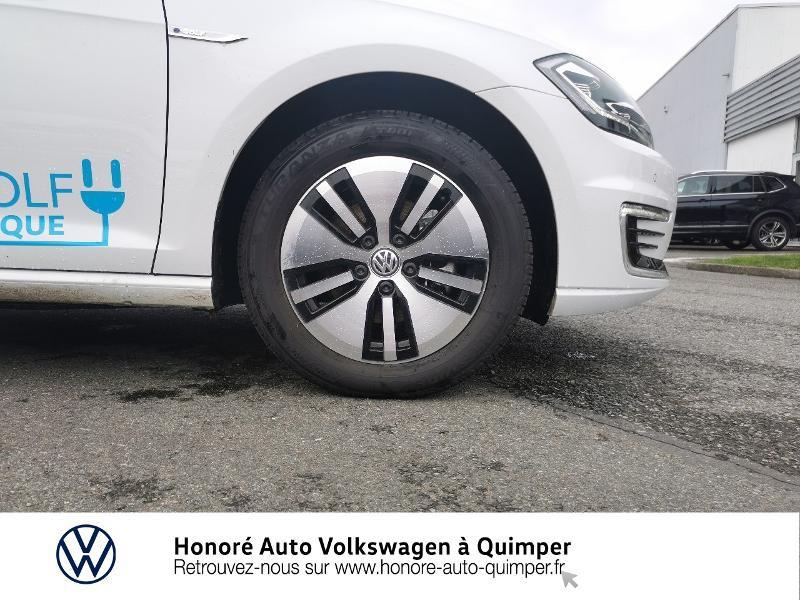 Photo 16 de l'offre de VOLKSWAGEN e-Golf 136ch 4cv à 22500€ chez Honore Auto - Volkswagen Quimper