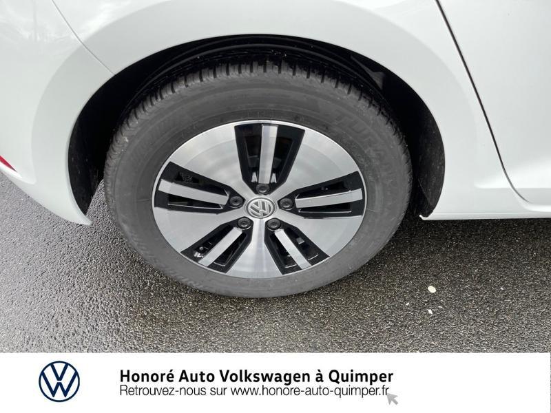 Photo 13 de l'offre de VOLKSWAGEN e-Golf 136ch à 23900€ chez Honore Auto - Volkswagen Quimper