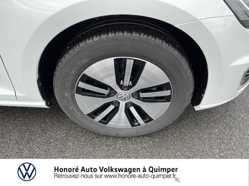 Photo 14 de l'offre de VOLKSWAGEN e-Golf 136ch à 23900€ chez Honore Auto - Volkswagen Quimper