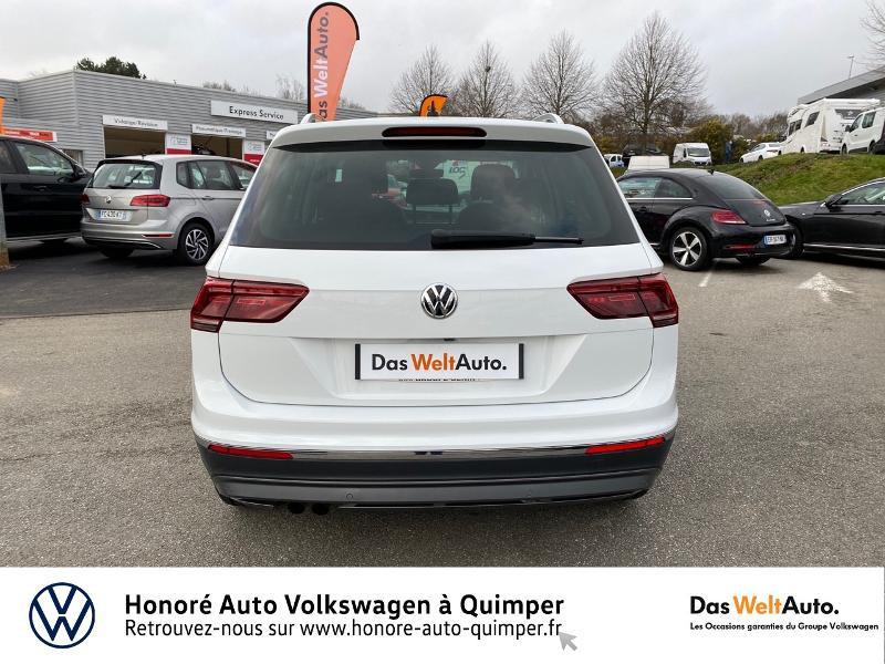 Photo 6 de l'offre de VOLKSWAGEN Tiguan 2.0 TDI 190ch Carat Exclusive 4Motion DSG7 à 26890€ chez Honore Auto - Volkswagen Quimper