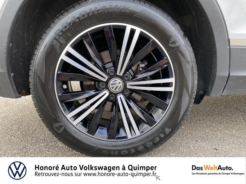Photo 17 de l'offre de VOLKSWAGEN Tiguan 2.0 TDI 190ch Carat Exclusive 4Motion DSG7 à 26890€ chez Honore Auto - Volkswagen Quimper